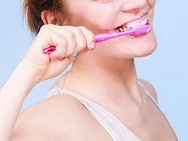 Грамотная гигиена полости рта: как поддерживать зубы белыми без отбеливания