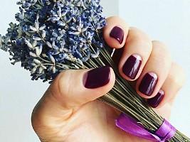 Ногти цвета марсала: вспоминаем тренд и выбираем удачные сочетания