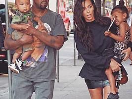 Ким Кардашьян ляжет под нож хирурга ради третьего ребенка