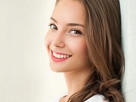 5 стоматологических процедур, которыми не стоит злоупотреблять