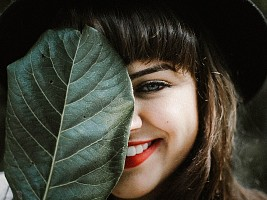 Плазмолифтинг делают не только для кожи: с помощью метода можно вылечить десны