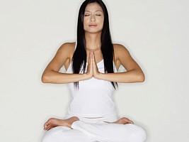 Ученые: сочетание йоги и аэробных упражнений снижают сосудистый стресс