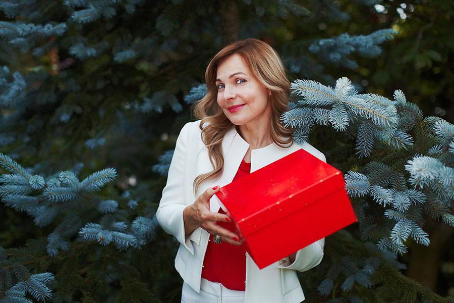 Самой любимой: 14 подарков маме на Новый год