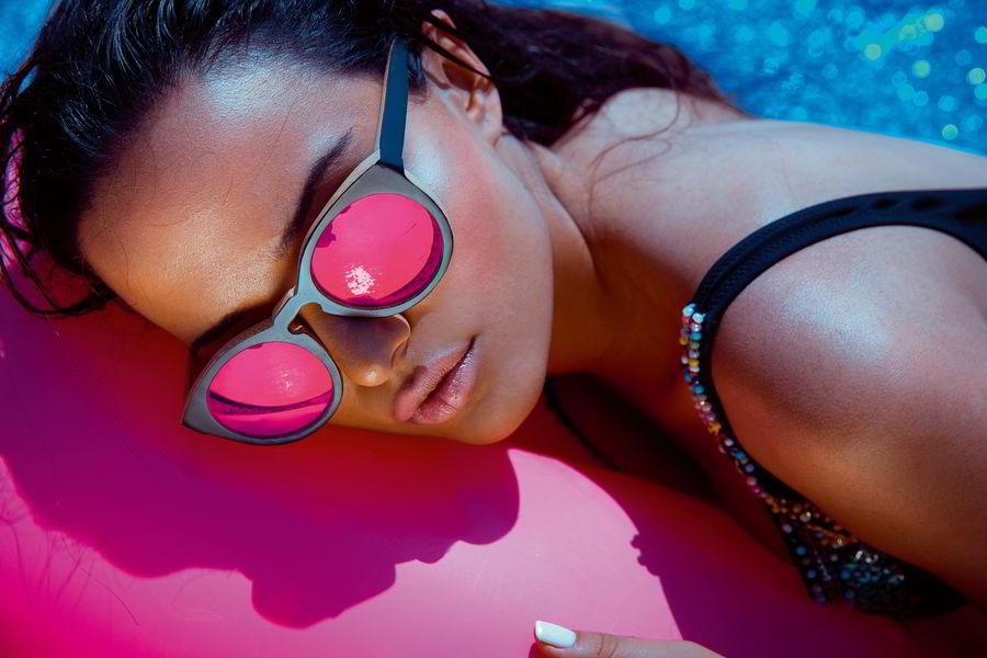 Утомленные солнцем: как восстановить кожу, волосы и тело после отпуска