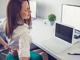 5 советов, как сохранить здоровую спину, работая в офисе