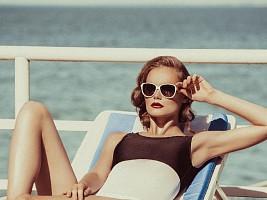 Сухость, неровность, морщины: восстанавливаем кожу после лета